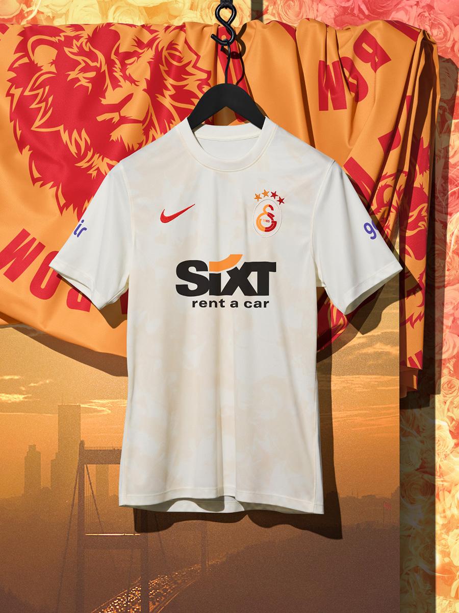 加拉塔萨雷 2021-22 赛季第二客场球衣 © 球衫堂 kitstown