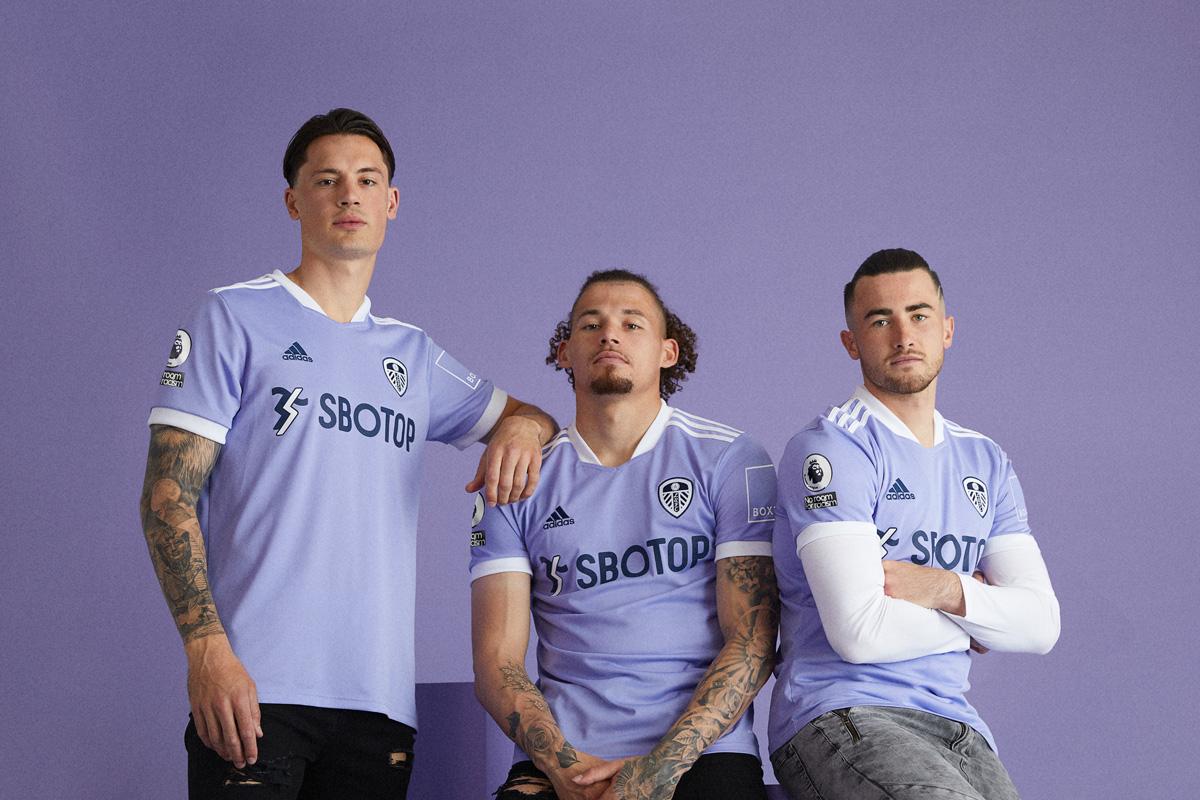 利兹联 2021-22 赛季第二客场球衣 © 球衫堂 kitstown