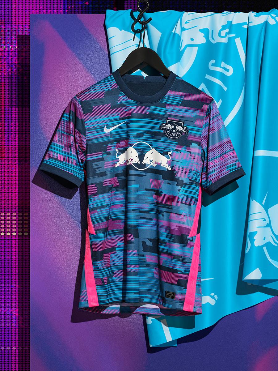 莱比锡 2021-22 赛季第二客场球衣 © 球衫堂 kitstown