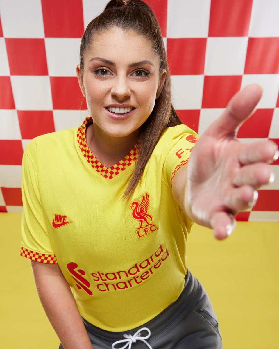 利物浦 2021-22 赛季第二客场球衣 © 球衫堂 kitstown