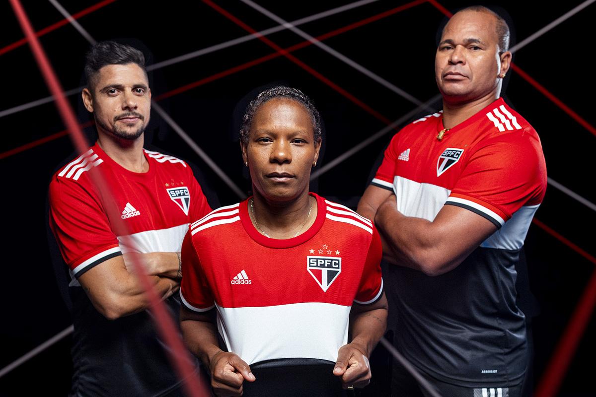 圣保罗 2021-22 赛季第二客场球衣 © 球衫堂 kitstown